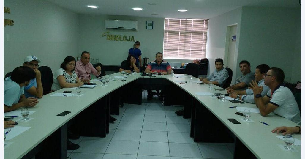 Comando Presente traça planejamento estratégico para o funcionamento da Feira da Sulanca e do comércio de Caruaru aos domingos