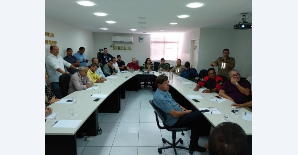 No Sindloja, Comando Presente debate segurança na Feira da Sulanca de Caruaru