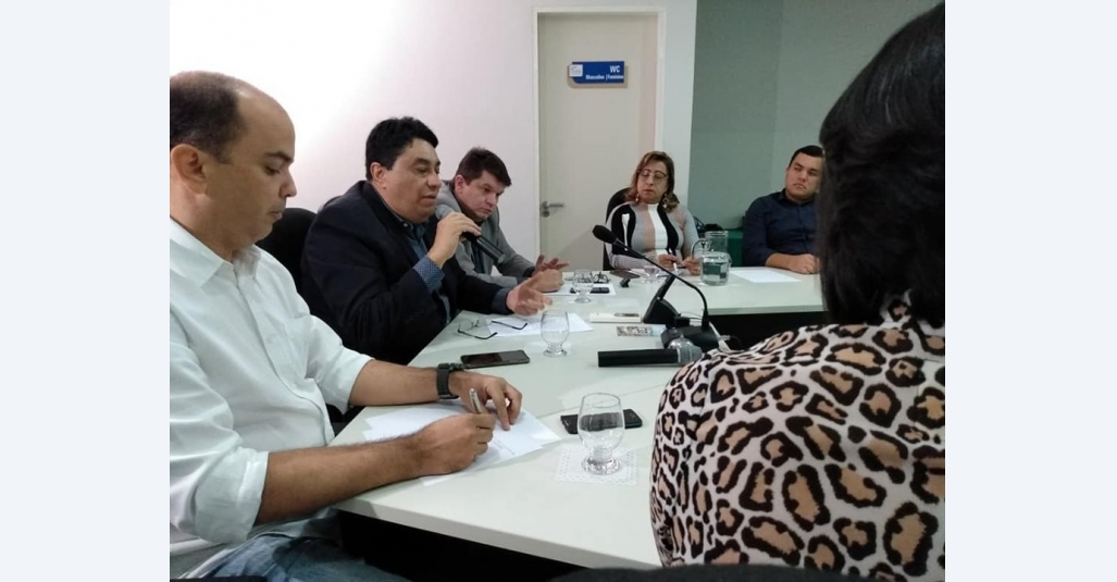 Sindloja se reúne com entidades empresariais para debater impactos de decreto estadual
