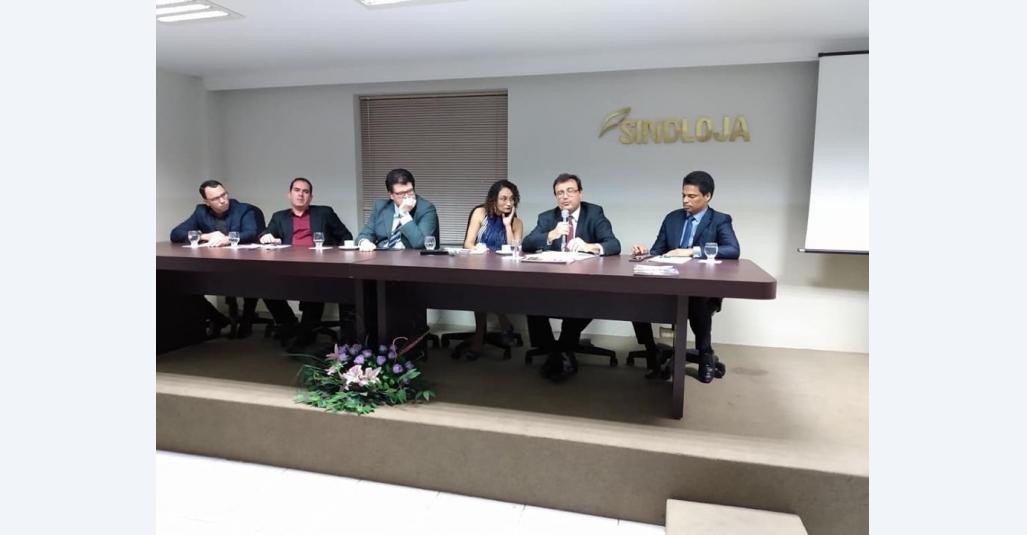 Sindloja sedia evento com ex-ministro do TSE Joelson Dias e o procurador do MPCO-PE Cristiano Pimentel